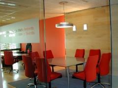 Dise�o e instalaci�n de oficinas
