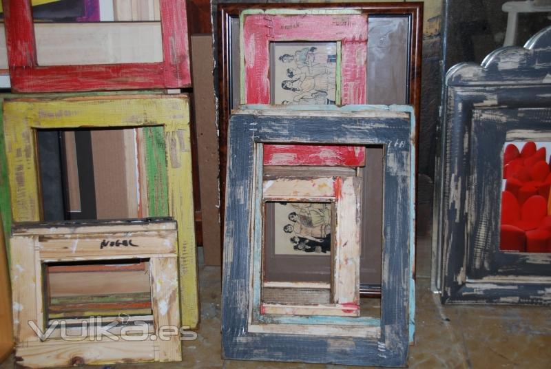 Foto marcos decapados en diferentes colores - Restauradores de muebles ...