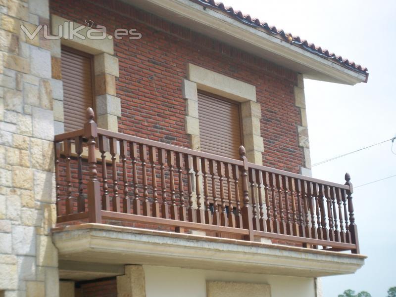 Foto precioso balcon de ladrillo rustico y piedra arenisca - Fachadas ladrillo rustico ...