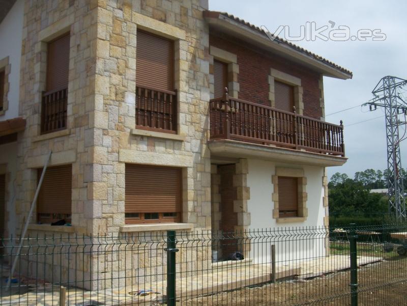 Foto espectacular casa hecha de piedra arenisca - Fachadas ladrillo rustico ...