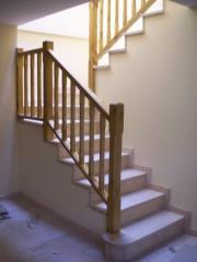 Escalera muy bonita de madera
