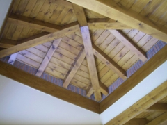 Espectacular techo de habitacion principal de chalet