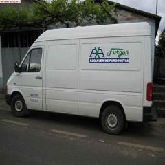alquiler de furgonetas sin conductor en velez malaga