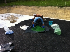 Ejecucion de parque de juegos adaptado para ni�os con discapacidad