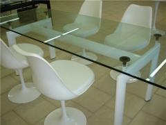 Mesa lecor-gl225, armaz�n blanco, cristal templado de 225x85 cms.
