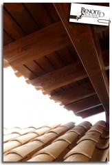 Techo de porche de madera, tejas