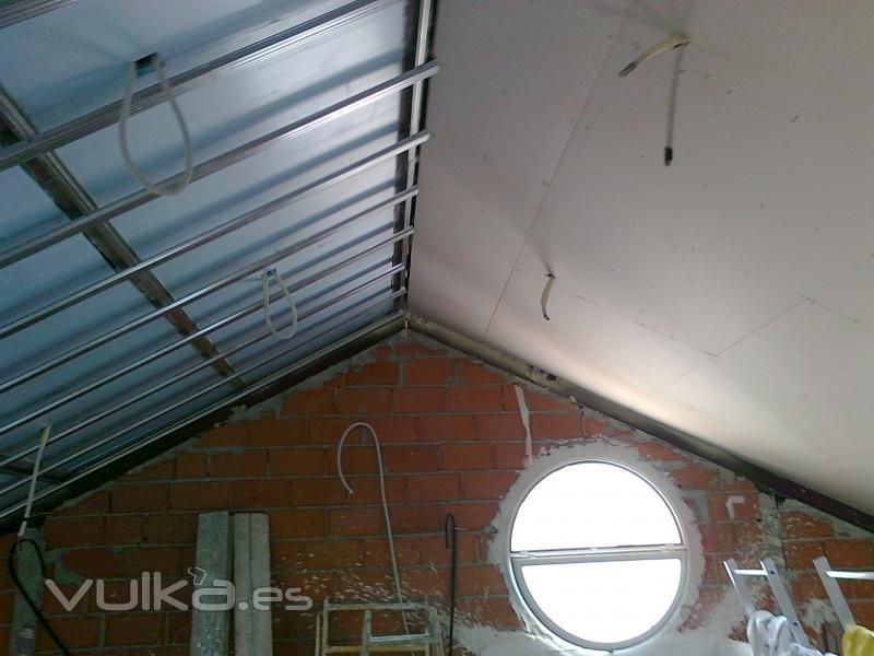 Foto buhardilla de pladur con aislante - Aislante de calor para techos ...