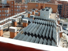 Acs comunitario en edificio con paneles termodin�micos