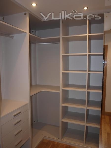 Fotos de armarios y vestidores 25