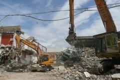 Proyecto y dirección de derribo de edificación de 4000m2 de superficie construida  en alfafar.