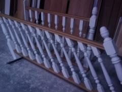 Balaustradas lacadas y barnizadas