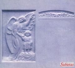 Lapida marmol blanco con angel  y niño en relieve