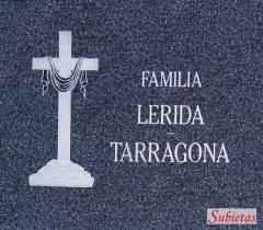 Lapida Granito con cruz y sudario
