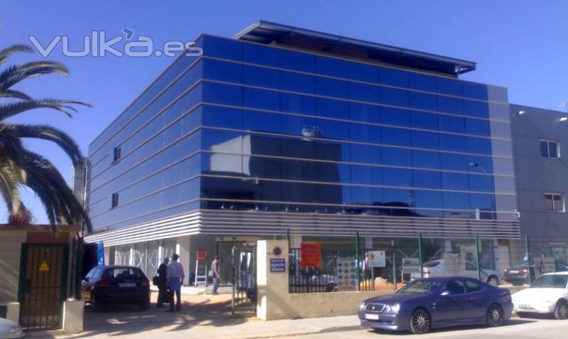 Foto edificio de oficinas mapre en valencia for Edificio oficinas valencia