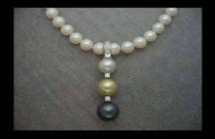 Alta joyer�a, collar perlas, diamantes y oro blanco.
