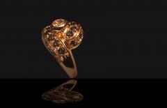 Alta joyer�a, anillo diamantes, zafiros y oro amarillo