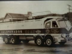 TRANSPORTS LAMELA - Uno de nuestros primeros camiones