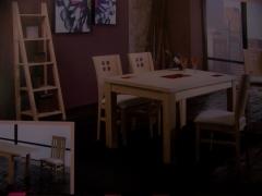 Mesa de comedor extensible 160 x 80.sillas a juego,color a elegir.