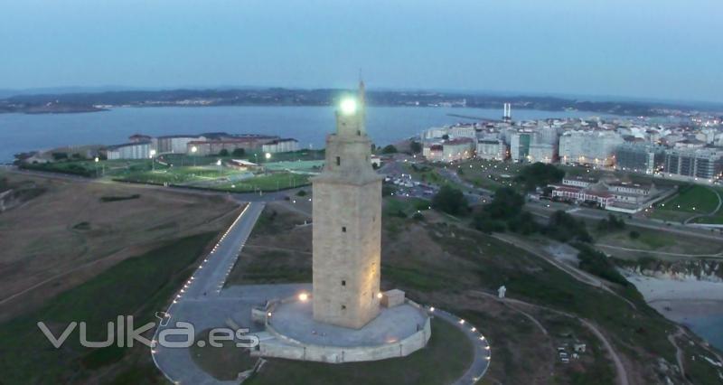 torre de hércules, fotograma  de una secuencia aérea