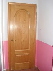 Puerta en madera de casta�o