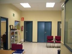 Pintar paredes, puertas y rodapies  en las Oficinas de Asepeyo-Bilbao