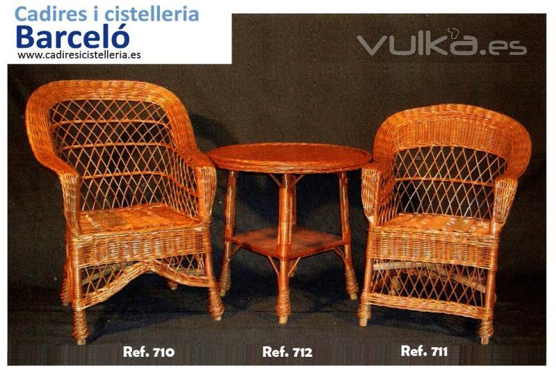 Sillas mesas y taburetes de madera cester a de mimbre en - Sillones de mano ...