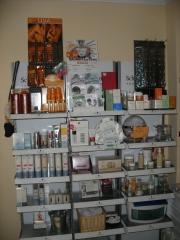 Venta de productos de peluquer�a y est�tica,  as� como lo �ltimo en maquillajes profesionales