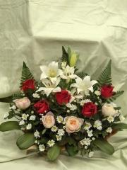 Jardinera artificial cementerio. oasisdecor.com flores artificiales de todos los santos