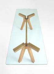 Mesa de dise�o en madera maciza - www.espaiflyshop.com