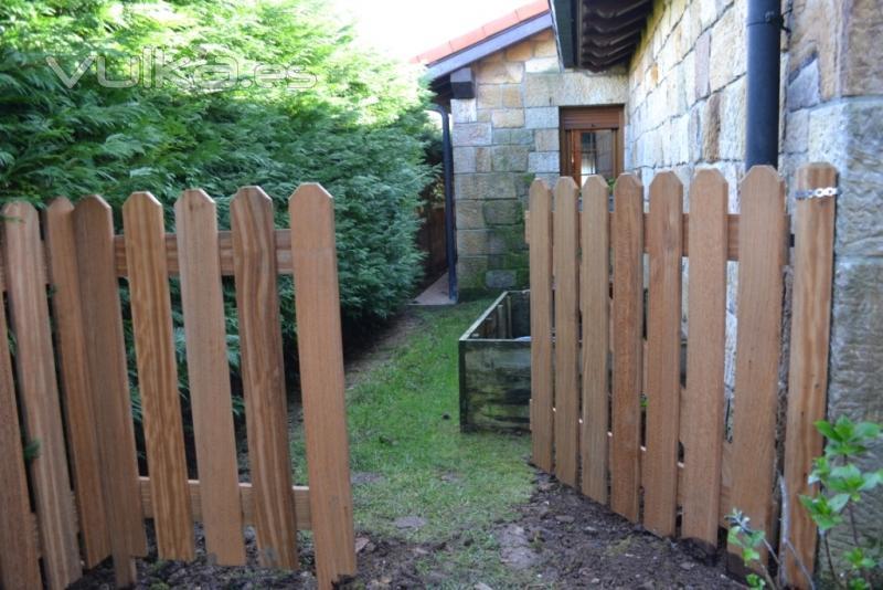 Cerramientos ruan - Puerta de madera para jardin ...
