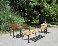 Mobiliario urbano adaptado para geriátricos