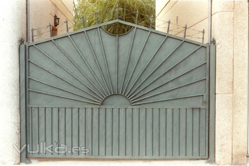Puertas metalicas exterior precios amazing puerta for Puertas metalicas precios