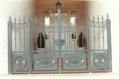Puerta de forja en cantabria
