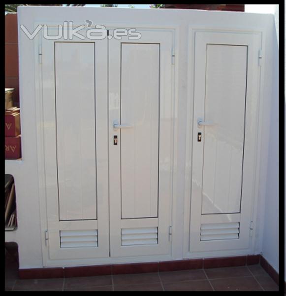 Foto carpinteria de aluminio puertas para trastero for Modelos de puertas metalicas para exteriores