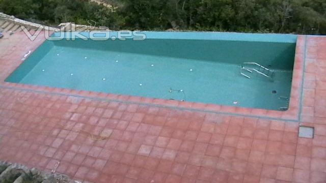 Foto colocacion de gresite despues for Piscinas de granollers