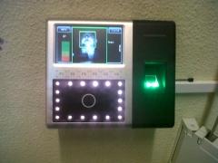 Sistemas de control de acceso biom�trico de zksoftware, huella facial iface 202-302