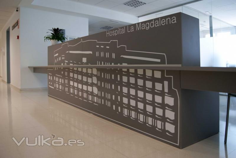 Foto rotulaci n oficinas hospital la magdalena castell n for Oficinas bankinter castellon