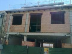 Construcci�n de vivienda (valdepe�as)