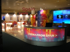 Stand espa�a en el festival de cine de cannes 2011