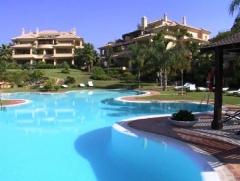 Luxury property, las alamandas, nueva andalucia, luxury apartments and penthouses, amigoprop