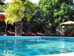 http://www.quechollo.es/deals/lujo-africano-kenyan-house-resort-2-personas-399-euros