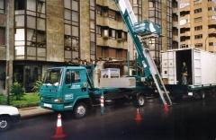 Elevador que alcanza 13 pisos
