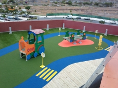 Moderno parque infantil