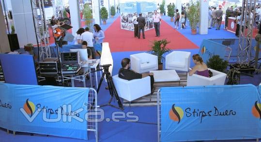 Vista del set de realización y area de recepción