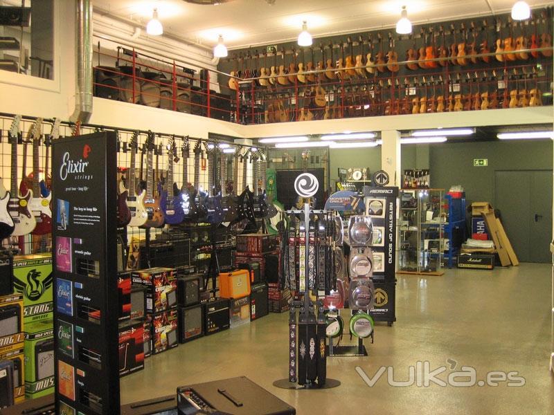 Auvisa sales floor