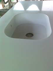 Encimera en silestone  blanco zeus fregadera integrada silestones