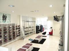 Amplitud de espacios interiores, para ofrecer una mejor atenci�n a los clientes