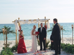 Oficiante para bodas civiles en Málaga. Infórmate en oficiante@bodanova.es