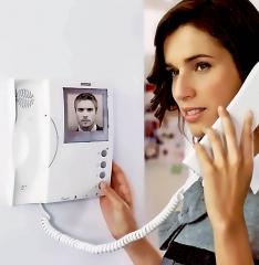 Instalación de video-porteros y porteros automáticos fermax