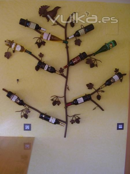 Foto botellero de forja de pared a medida producto - Botellero de pared ...